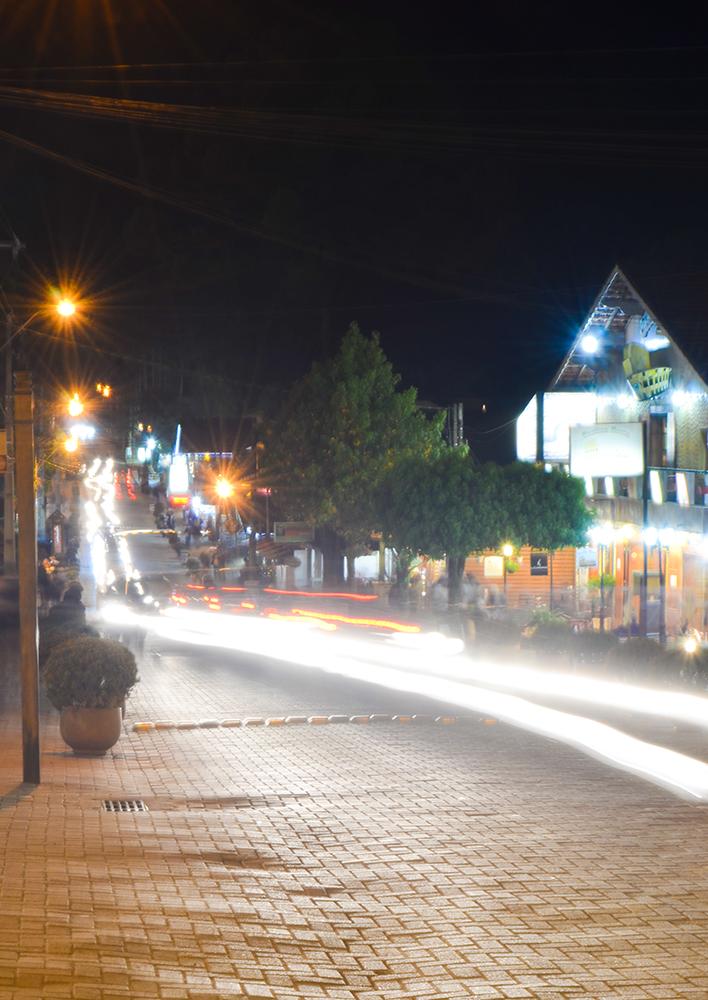 Avenida principal de Monte Verde